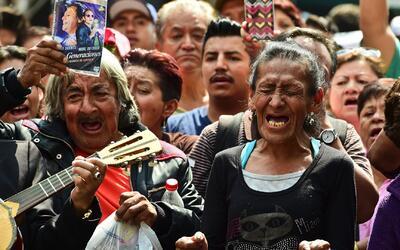 Mexicanos indignados con la familia de Juan Gabriel