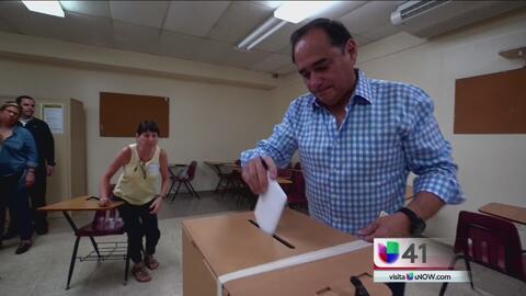 Aspirantes a la gubernatura de Puerto Rico reaccionan a la presencia de...