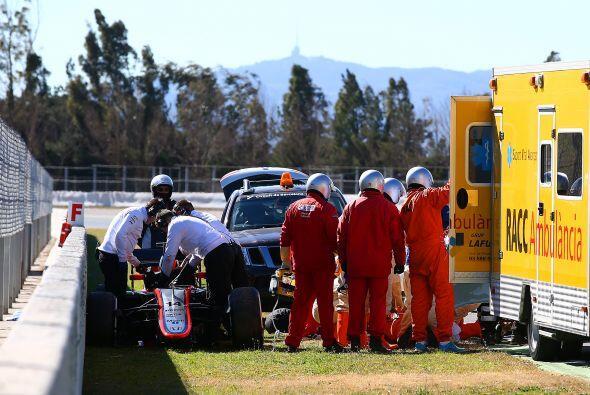 21 de Febrero - Fernando Alonso sufre accidente - Fernando Alonso sufre...