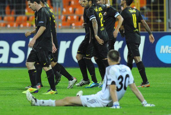 Pero no fue el único, Messi marcó un segundo tanto con pot...