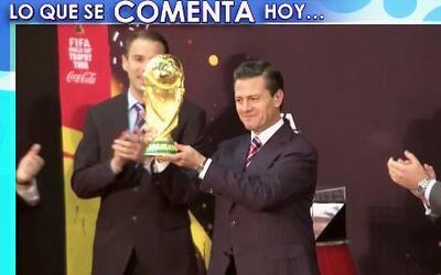 Peña Nieto tuvo en sus manos la Copa del Mundo