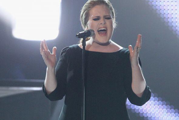 5. ADELE- Todo un fenómeno musical se ha convertido esta joven cantante,...