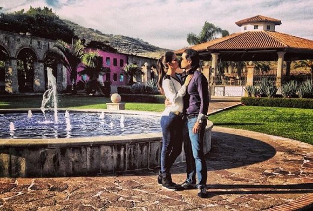 """""""Guadalajara, Jalisco en los preparativos de la boda"""", contó Ana. (Febre..."""