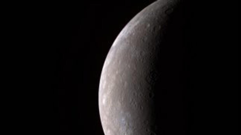 Foto tomada por la NASA del Planeta Mercurio.