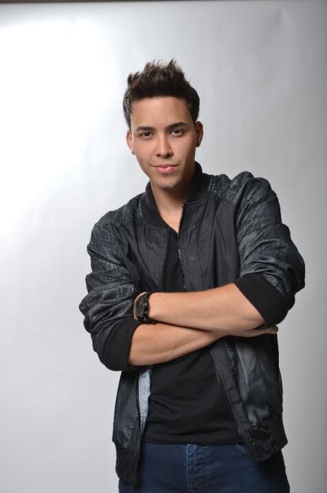 En 2012 llegó súper transformado a Premios Juventud.
