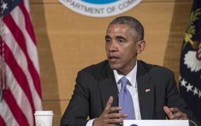 Barack Obama en el Centro Nacional de Huracanes