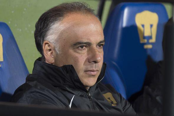 Los Pumas son el otro equipo que sustituyó a su entrenador por falta de...