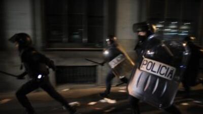 Autoridades españolas dijeron que detuvieron a dos miembros de ETA. (Ima...