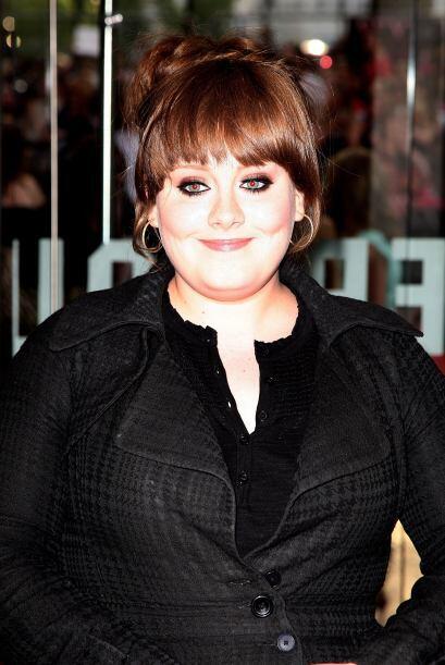 """Poco a poco Adele fue ganando popularidad y al sacar el sencillo """"Cashin..."""