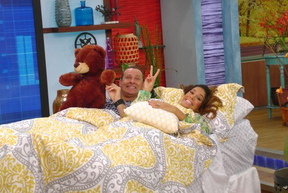 Y mientras Anita dormía, Alan y Karla nos mostraron algunos truco...