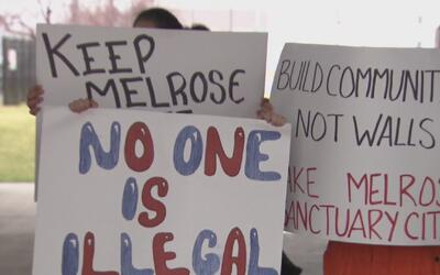 Residentes de Melrose Park marcharon para apoyar iniciativa que busca co...