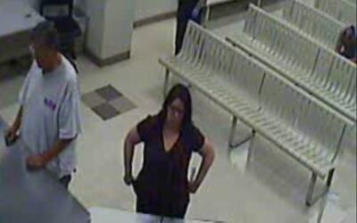 Arrestan a una maestra por conducta inapropiada con un menor de 13 años