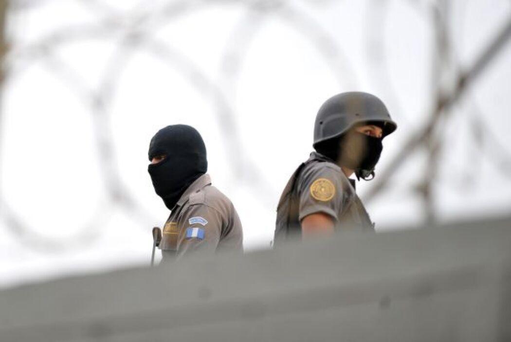 Un total de 151 presos escaparon de una prisión estatal en la ciudad nor...