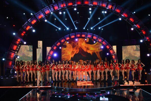 Todas ellas demostraron ser dignas representantes de la belleza latina,...