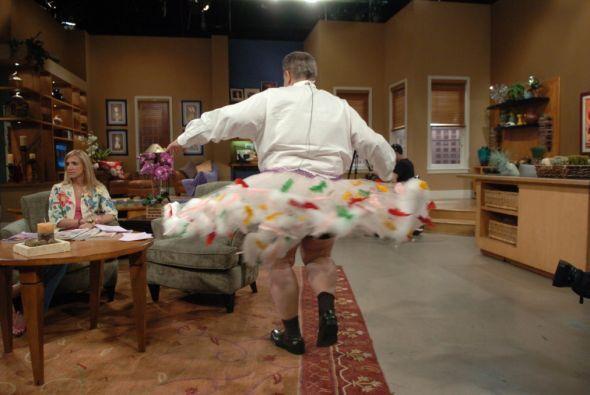 Y así dejó deslumbrado al público con esta falda.