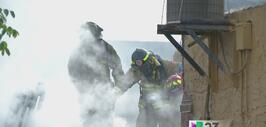 Un voraz incendio arrasó con un negocio de un centro comercial