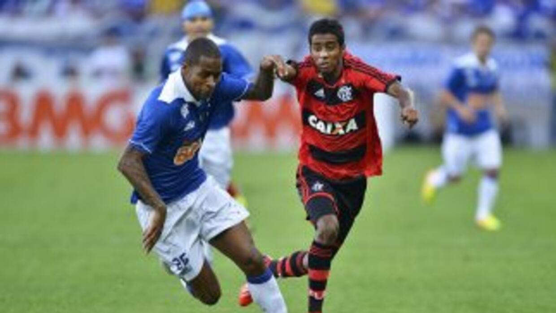 Cruzeiro derrotó al Flamengo 1-0, resultado apretado pero suficiente par...