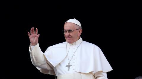 El Papa dirigió su tradicional mensaje urbi et orbi desde la plaz...
