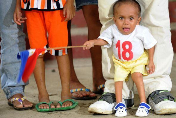 El mayor de los cuatro hijos de un humilde cerrajero, el joven filipino...