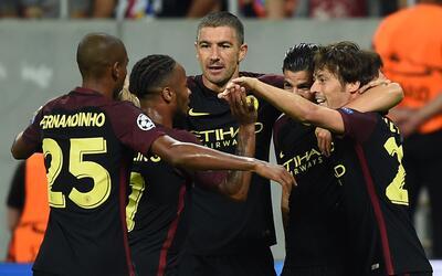 Los Citizens vencieron 5-0 al Steaua