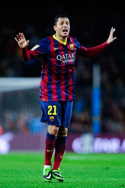 Adriano (6): Entró tras el descanso para sustituir al lesionado J...