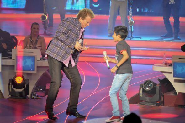 """Junto a Josafat interpretó la canción """"El Rey Azul&qu..."""