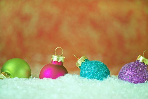 Si decides tener una navidad multicolor estas en vanguardia. Los colores...