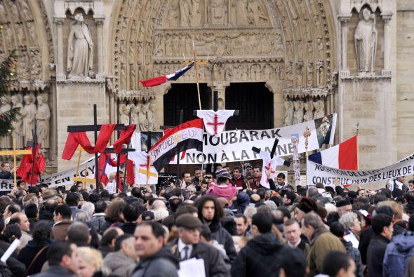 Las amenazas de los islamistas contra los cristianos coptos llevó a la p...