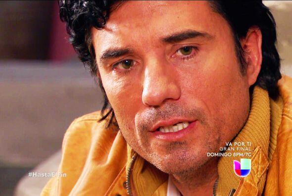 Su compadre Armando está sufriendo como nunca por Alexa y su familia.