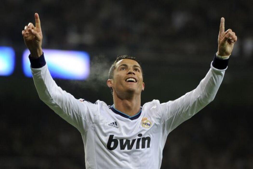 Cristiano fue ovacionado y el Madrid se rindió a sus pies.