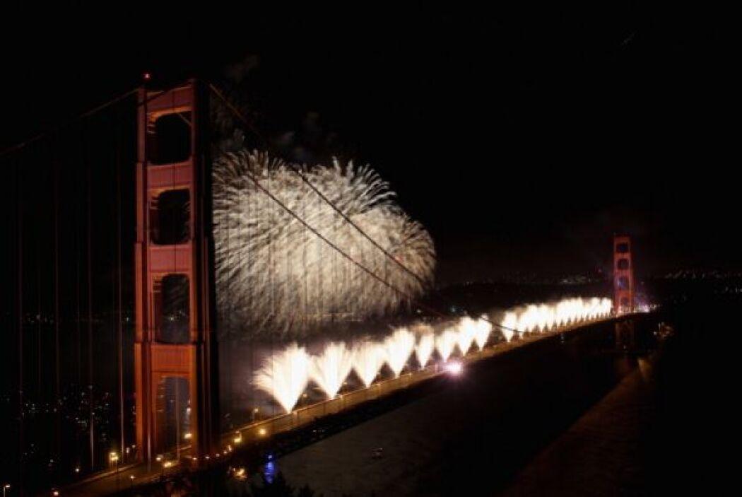 MAYO  75 Aniversario del Golden Gate  San Francisco estuvo de fiesta cel...