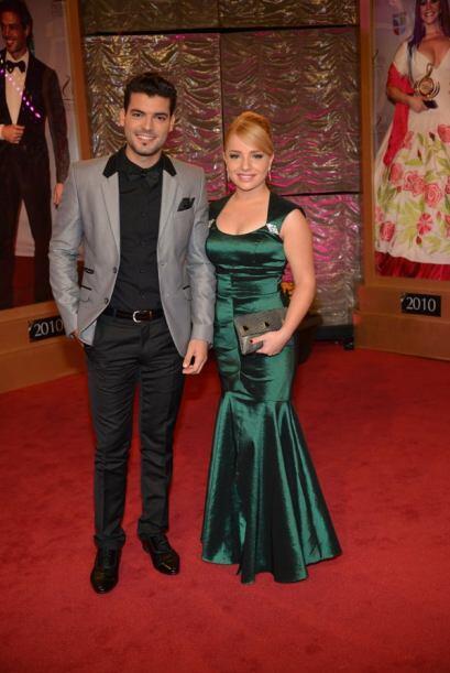 Adrián Di Monte y Sandra Itzel, bellos juntos.