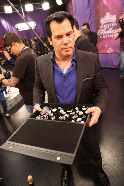 Charlie Lapson es el diseñador oficial de las joyas de la octava tempora...
