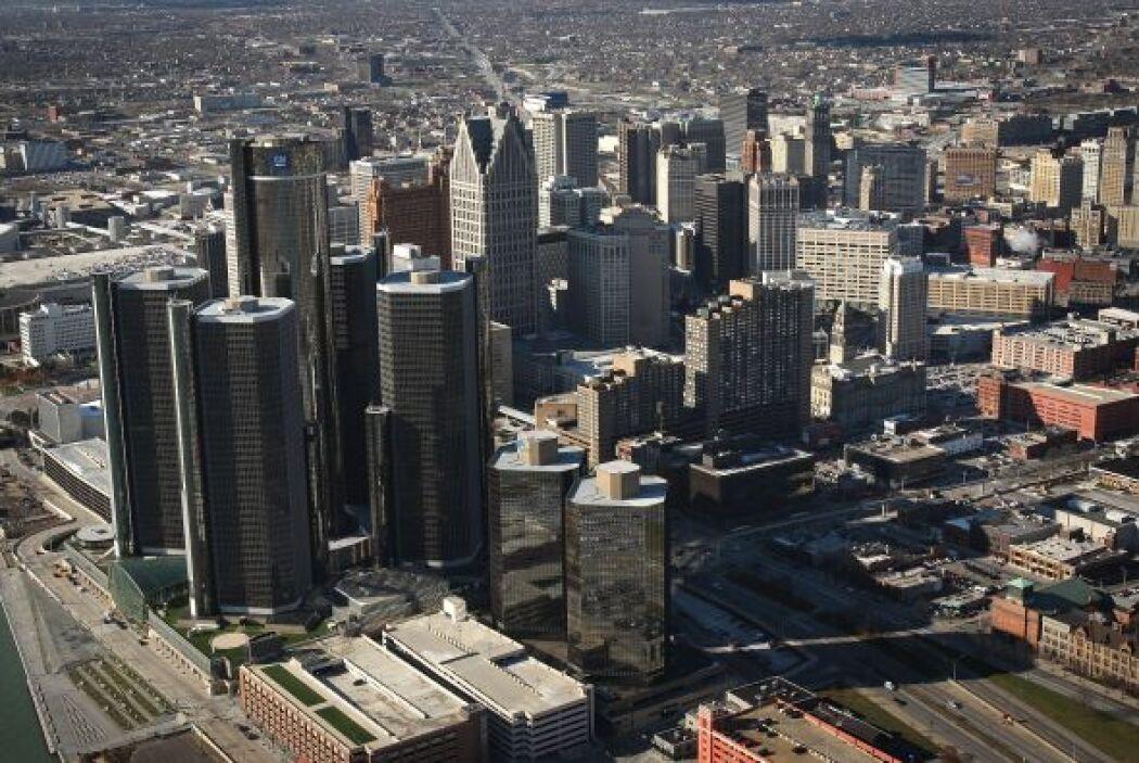 #1 Detroit, Michigan  Detroit fue nombrado por el rankeo de Forbes como...