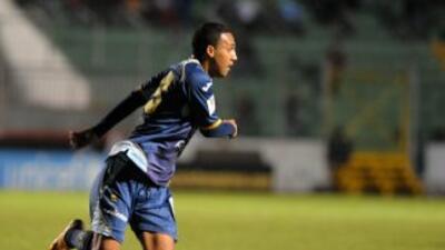 Tras dos derrotas y un empate, el Motagua por fin respiró al vapulear po...