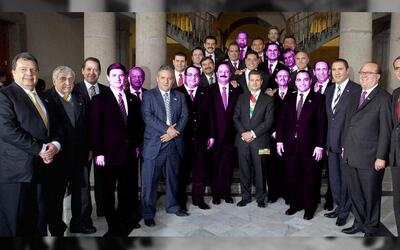 Enrique Peña Nieto and the Governors 'club.' Ten of the 19 govern...