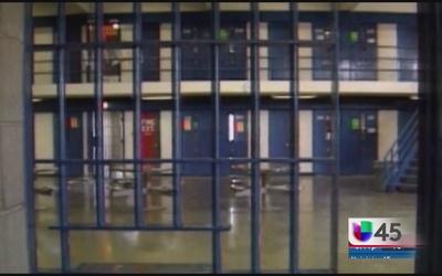 Buscan reducir número de reos en prisiones