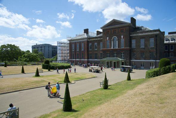 Este hermoso palacio cuenta con enormes jardines, una rica colecci&oacut...