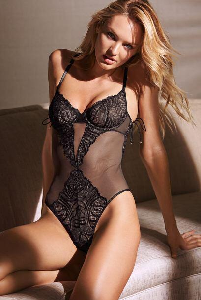 Esta mujer posee unas curvas tan perfectas, que se puede dar el lujo de...