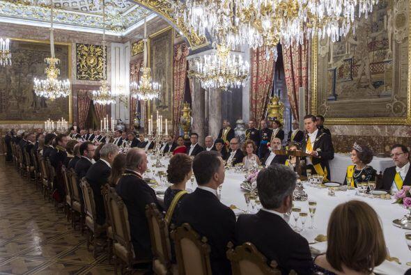 Siete ministros del Gobierno, los presidentes del Tribunal Constituciona...