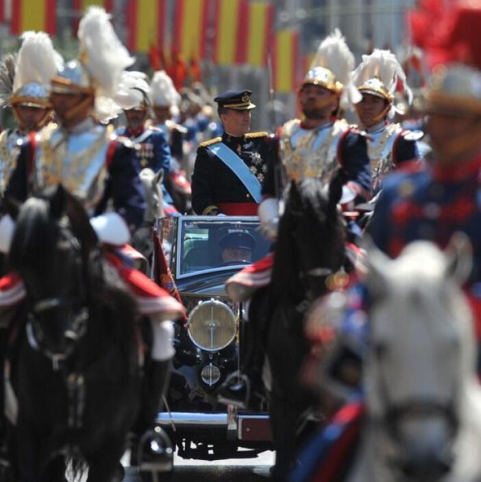 Y no es para menos, el nuevo rey conoce de la crisis que vive España.
