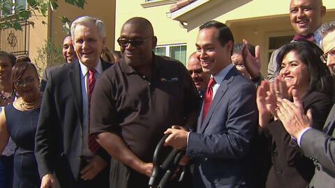 Inauguran nuevo complejo de viviendas públicas en San Antonio