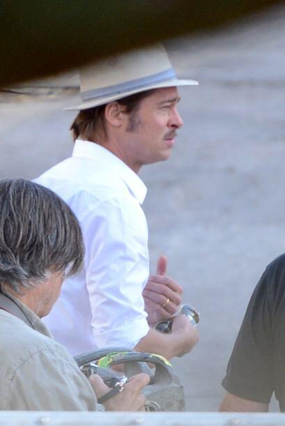 Donde comparte créditos al lado de su guapo esposo, el actor Brad Pitt.