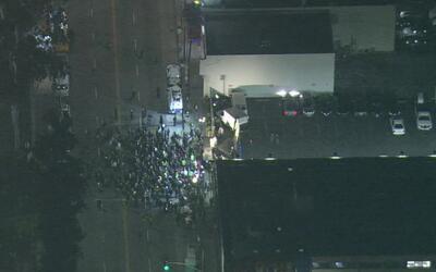 Manifestantes de Los Ángeles marchan para defender decisión de Corte Sup...
