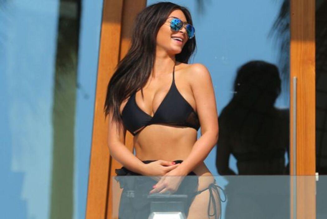 ¡Qué sonriente, Kim! Mira aquí los videos más chismosos.