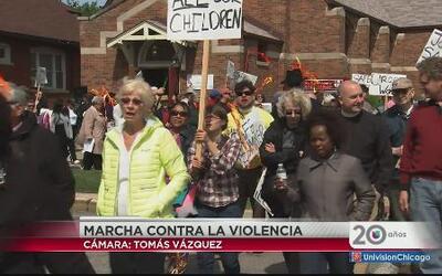Marchan contra la violencia