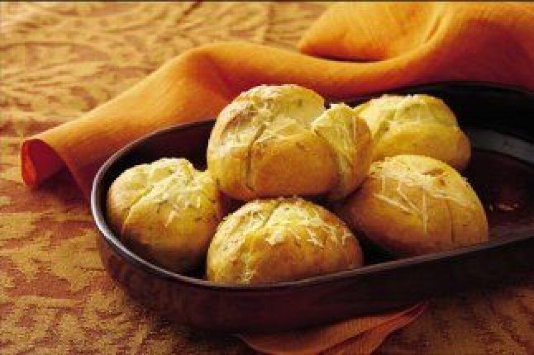 PAN FRANCÉS ESPECIADO: Queso parmesano aromatizado con romero, el delici...
