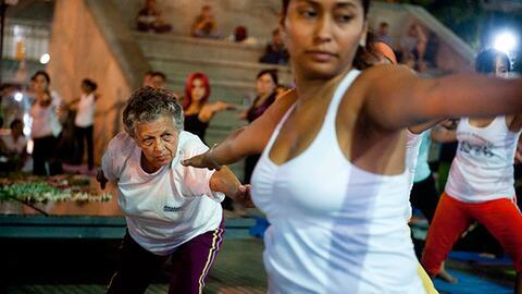 Consulta con Dr. Juan: el ejercicio ideal para cada edad