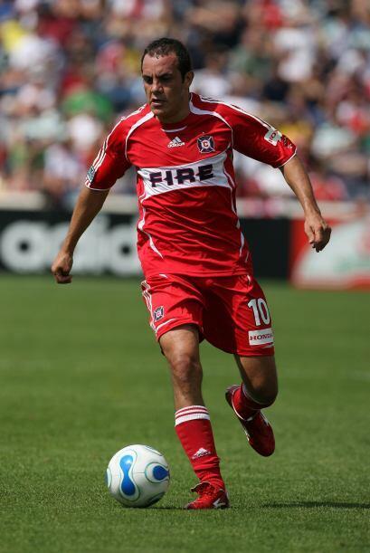 En su primer año fue elegido el mejor jugador y consiguió el premio al m...