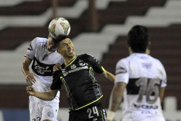 Oribe Peralta luchó hasta el final para conseguir el triunfo de '...